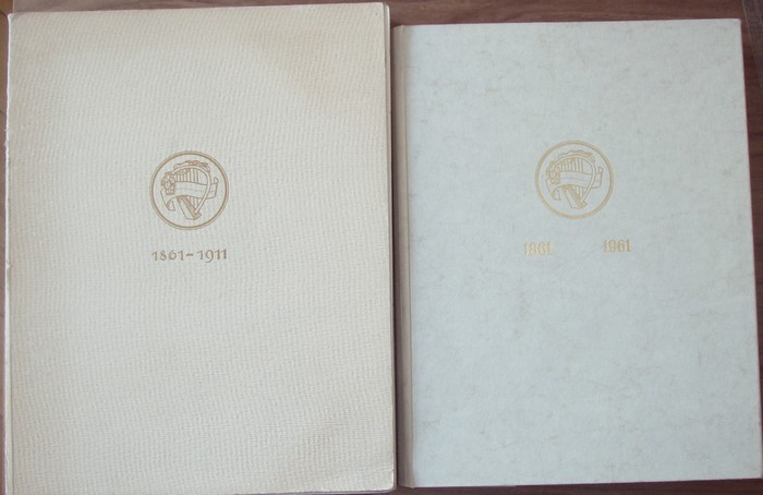 Geschichte des Akademischen Gesangvereins München 1861-1911. Dabei: Geschichte des Akademischen Gesangsvereins München 1861-1961. Hrsg.: Philisterverband des Akademischen Gesangvereins München.