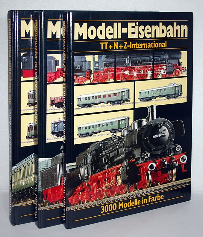 Stein, B.: 3 Bände/volumes: Internationaler Modell-Eisenbahn-Katalog. / International Model Railways Guide. / Guide international des chemins de fer de modele reduit. - Band/volume 1: Alle Baugrößen - international: Z, N, TT, H0, 0, I, II. - Band/volume 2: H0-International. - Band/volume 3: TT+N+Z-International. Von/by B. Stein. 3 Bände.