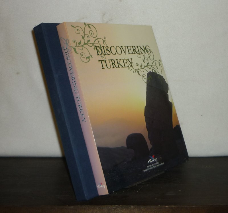 Discovering Turkey. [Edited by Alan White].