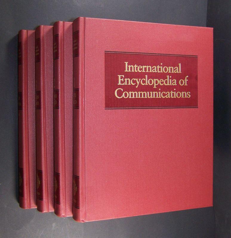 International Encyclopedia of Communications. Volume 1-4. 4 Bände (= so vollständig).