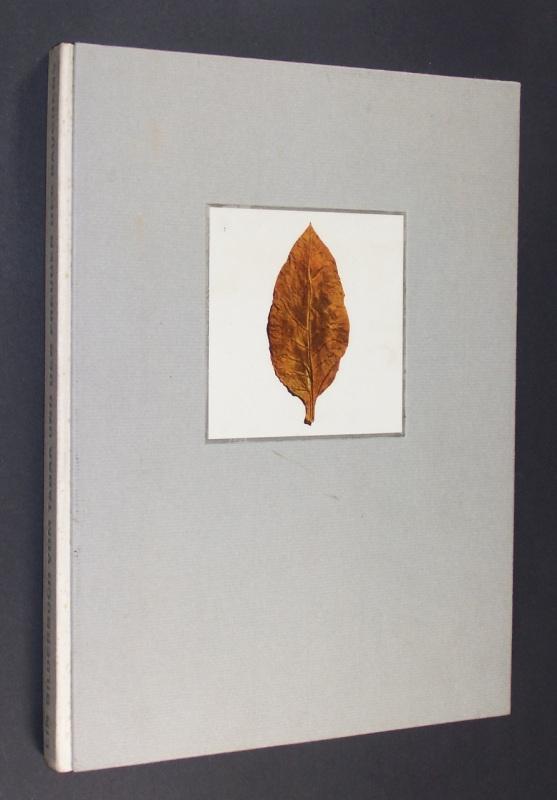 Tabago. Ein Bilderbuch vom Tabak und den Freuden des Rauchens. Herausgegeben und gedruckt aus Anlaß des 50jährigen Bestehens der Cigarettenfabriken H. F. & Ph. F. Reemtsma.