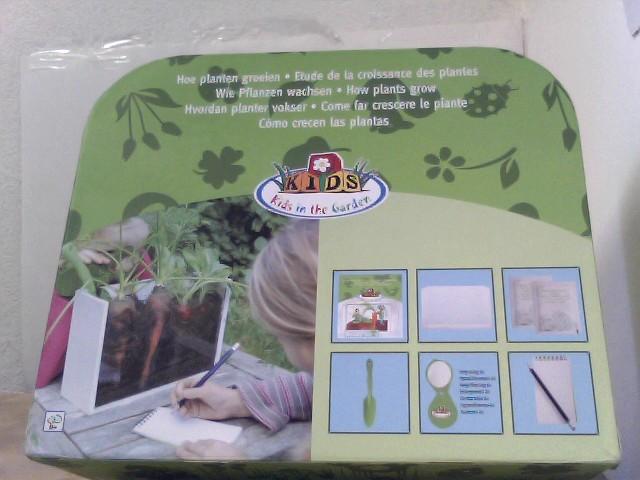Esschert Design Entdeckerset Pflanzenwachstum für Kinder, Set bestehend aus: Gewächskasten, Schaufel, Lupe, Samen usw.