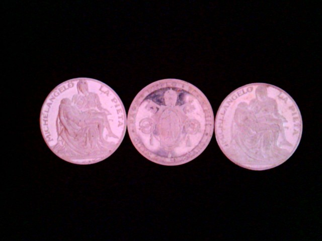 3 x Medaillen: 2 x  Paulus VI Pont. Max. Michelangelo La Pieta. 1 x Paulus VI Pont. Max. Citta Del Vaticano, Papa Paolo VI. A. XIII