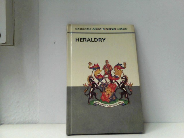 Heraldry (Junior Reference Library)