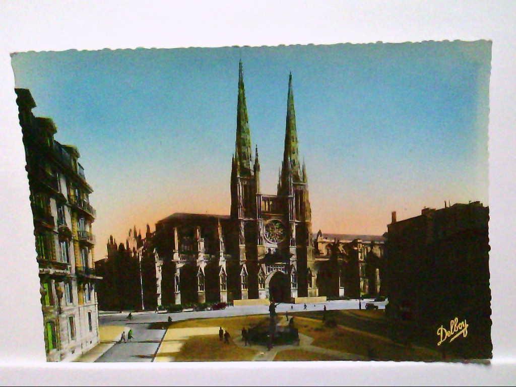AK Bordeaux/Frankreich, Cathedrale (cote Nord), Place Pierre, Lafitte, Ungelaufen.