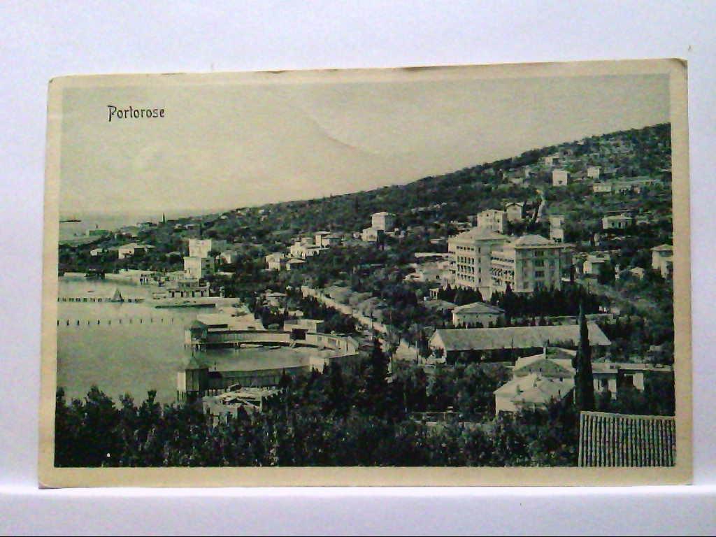 AK Portorose / Portoroz / Slowenien, Panoramaansicht, Strandansicht.