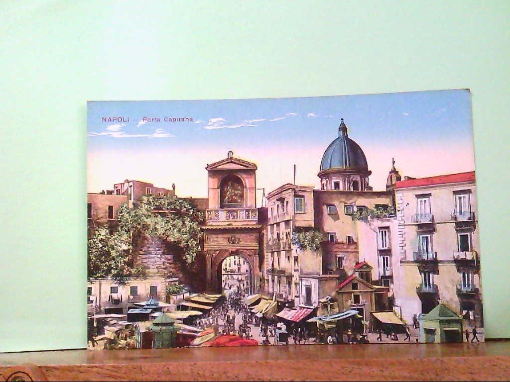 AK Napoli / Italien, Porta Capuana, Künstlerkarte, Panorama, Markttreiben, Gebäude.