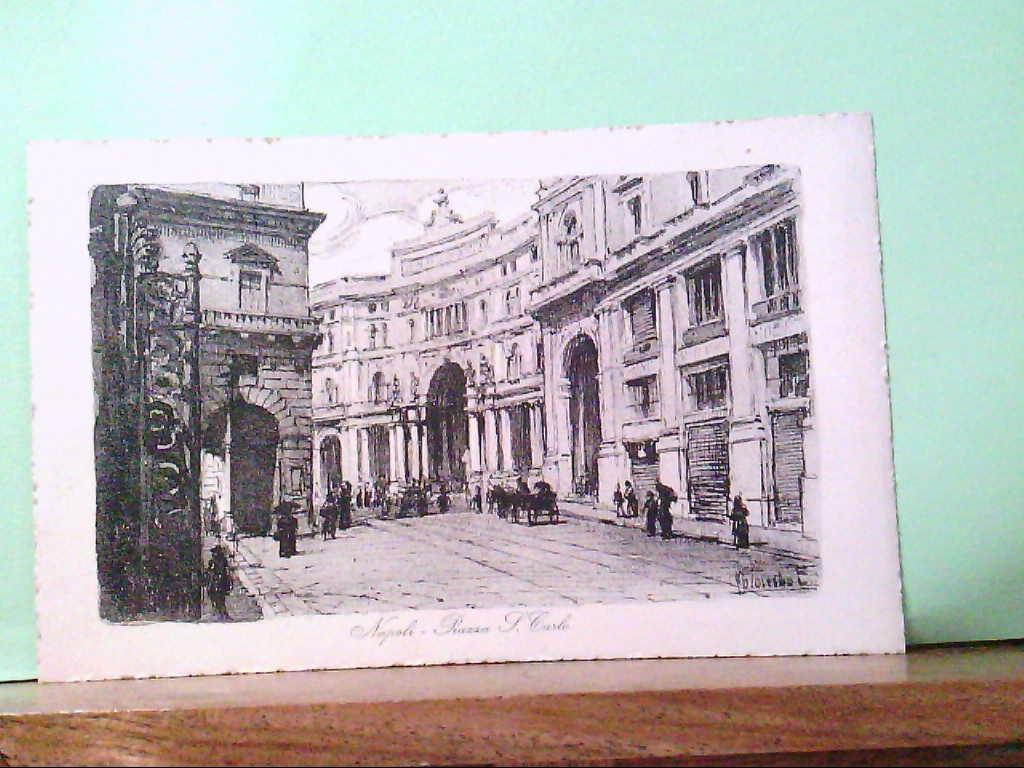 AK Napoli / Italien, Piazza S. Carlo, Strassenpartie, alte PKW, Personen.