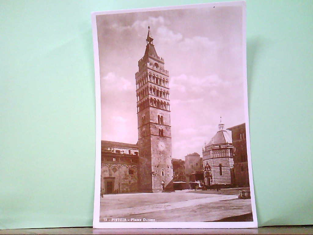 AK Pistoia / Italien, Piazza Duomo, Gebäudeansicht. Vera Fotografia.