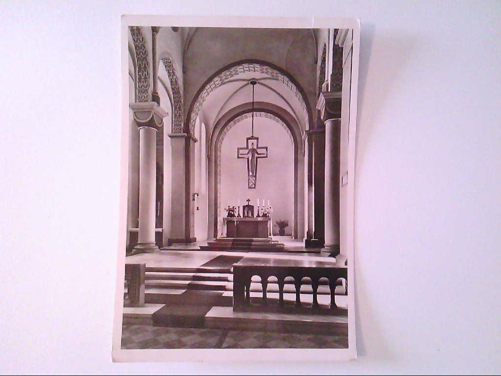 AK. Höxter an der Oberweser. Nikolaikirche. Triumphkreuz mit Hauptaltar. s/w.