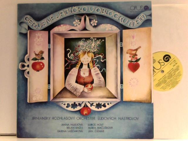 Brniansky Rozhlasovy Orchester und Ludovych Nastrojov: Cervene Jablcko v Oblocku mam - I've got a red Apple in the Windows