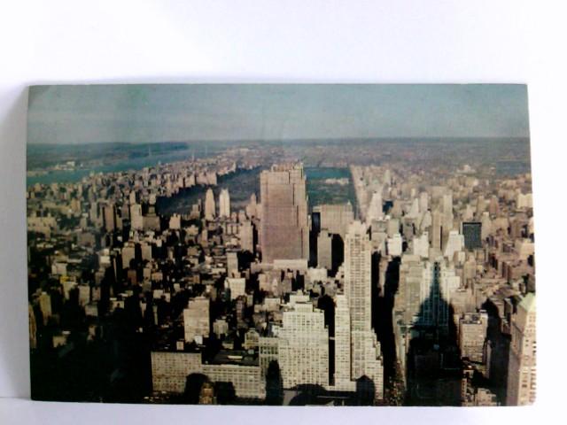 AK New York City. Skyline seen from the Empire State Building - Looking North. Gebäudeansicht, New York von oben