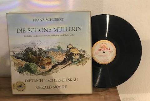 Die Schöne Müllerin. Ein Zyklus Von Liedern Mit Prolog Und Epilog Von Wilhelm Müller