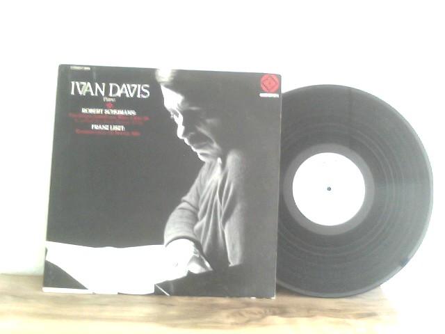 Ivan Davis: Baldwin Piano