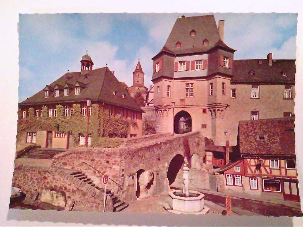 AK. Idstein im Taunus. Rathaus mit Torbogen.