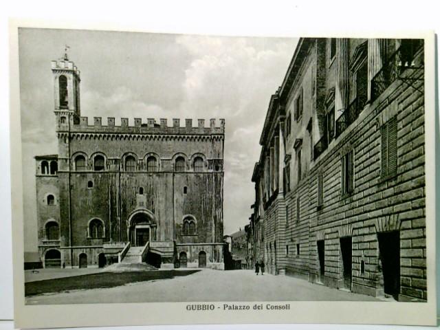 Gubbio - Palazzo dei Consoll. AK s/w. Gebäudeansicht, Schloß / Burg / Palast, Personen. Umbrien, Italien