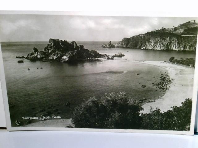 Taormina / Sizilien. Isola Bella. Alte AK s/w. Küstenstreifen, Insel im Meer, Panoramablick
