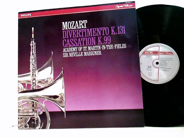 Mozart, Wolfgang Amadeus: The Academy Of St. Martin-in-the-Fields conducted by Sir Neville Marriner – Divertimento K.131 / Cassation K.99