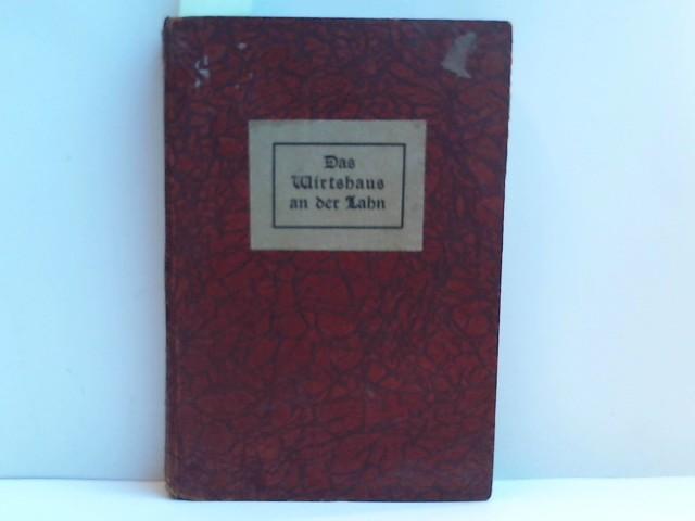 Das Wirtshaus an der Lahn. Es steht ein Wirtshaus an der Lahn................ Dieses Buch wurde für Fred Robert von der Trelde in 700 handschriftlich nummerierten Exemplaren gedruckt., davon 1 - 8 auf holländischem Bütten und 9 - 250 auf Kartonpapier in verschiedenen Farben. Hier die sehr, sehr seltene Nummer 6 aus der Edition 1- 8.