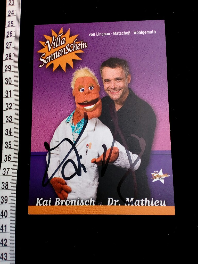 handsignierte Autogrammkarte.  original hand signed autograph card with picture of the famous german musical singer from the St. PAULI musical HEIßE ECKE.