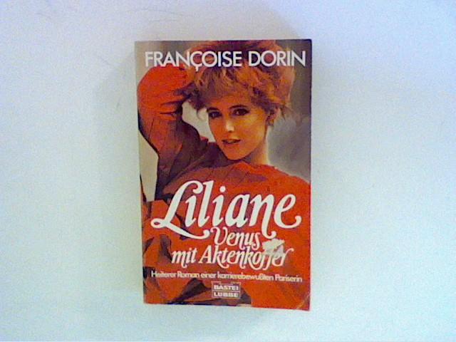 Liliane. Venus mit Aktenkoffer.