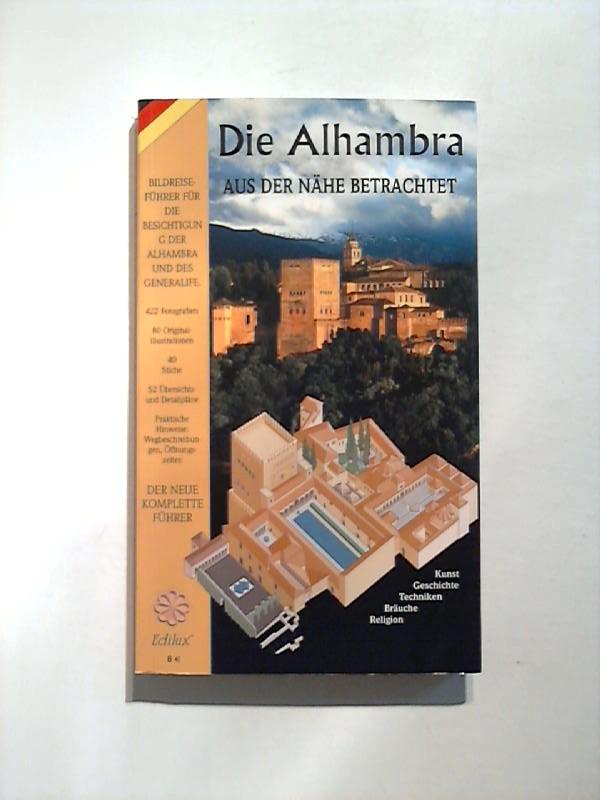Die Alhabmbra aus der Nähe betrachtet.