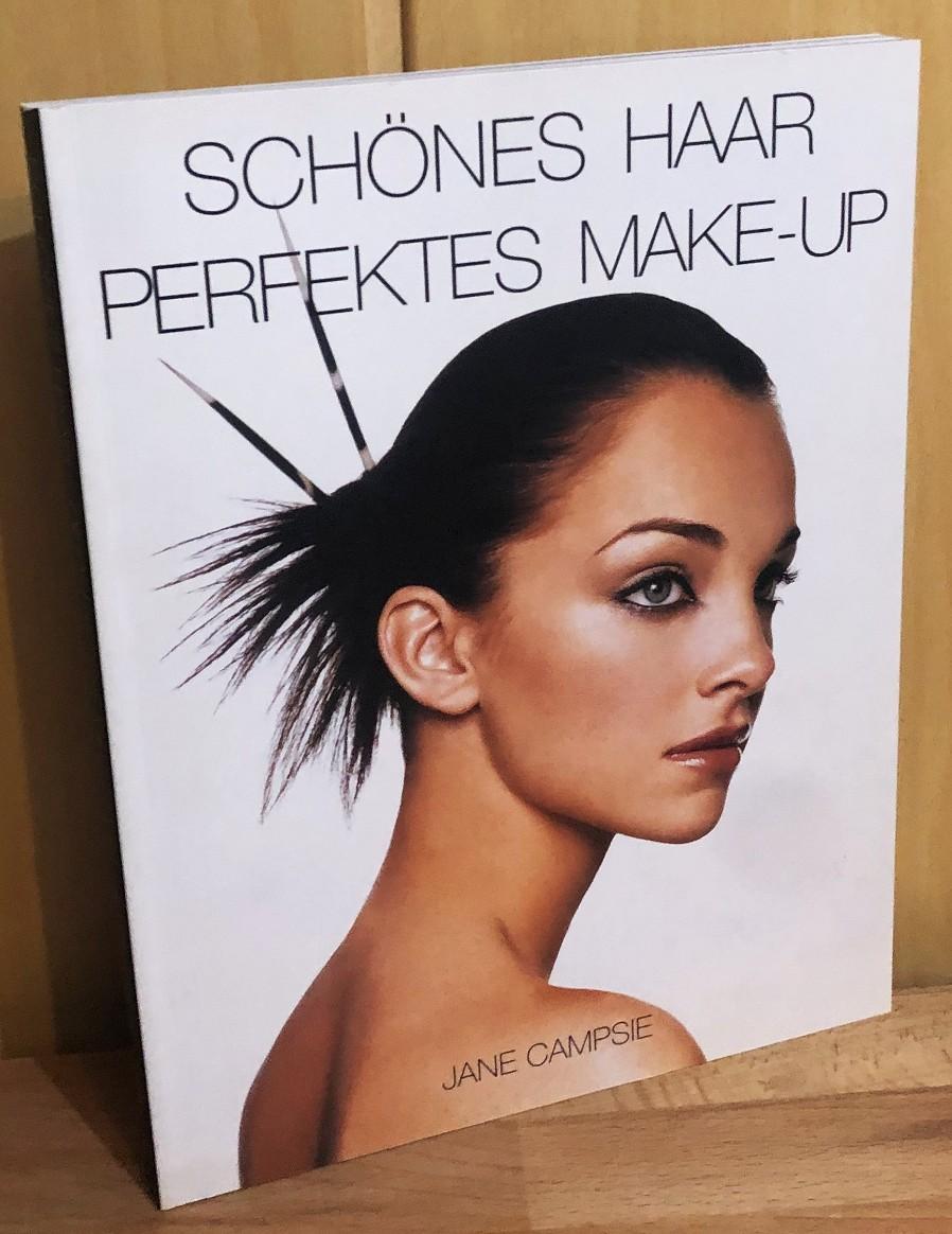 Schönes Haar, perfektes Make-up.