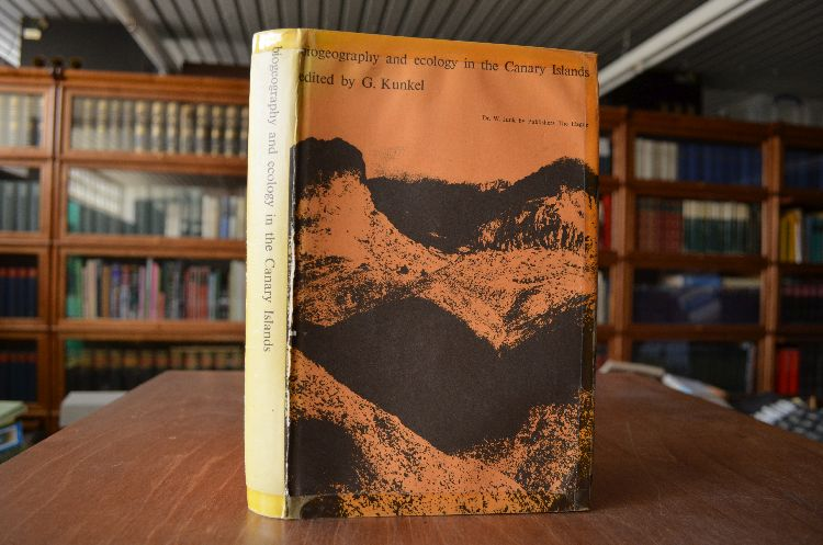 Biogeography and Ecology in the Canary Islands. Monographiae Biologicae Vol. 30 - Kunkel, G.