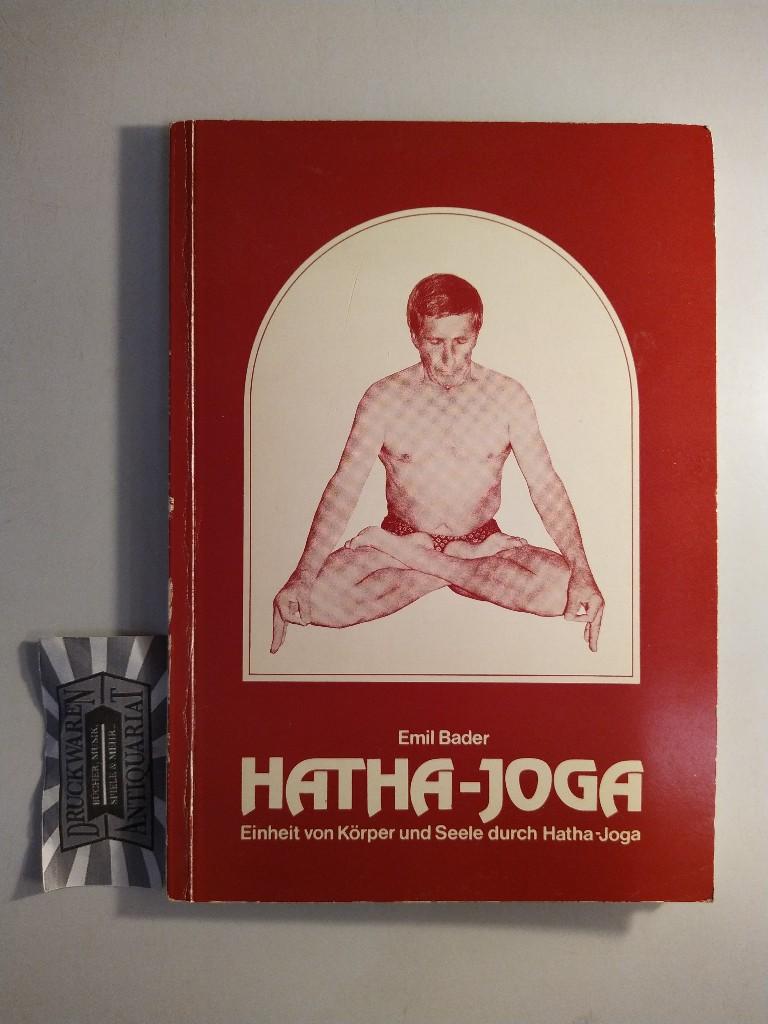 Einheit von Körper und Seele durch Hatha-Yoga.