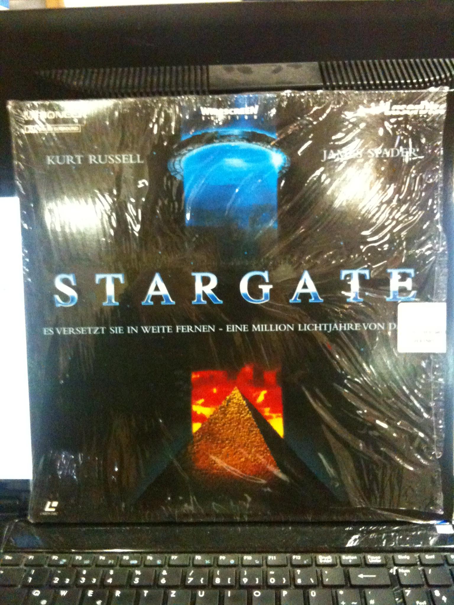 Stargate [LASERDISC, Widescreen, PAL, Dolby-Surround].