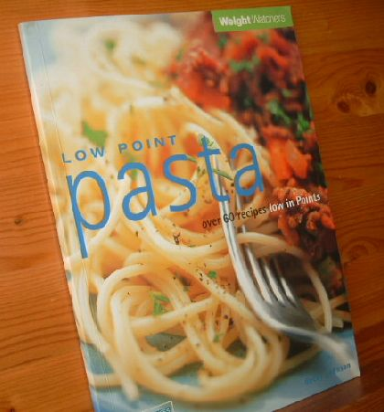 LOW POINT PASTA Weihght Watchers - over 60 recipes low in Points - 1, 2, 3 success 2000 1.Aufl.