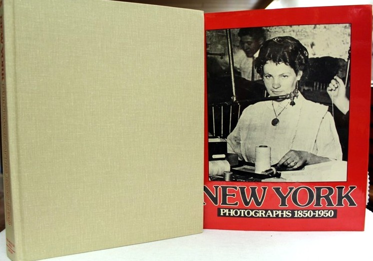 New York. Potographs 1850-1950. An amrayllis press book.