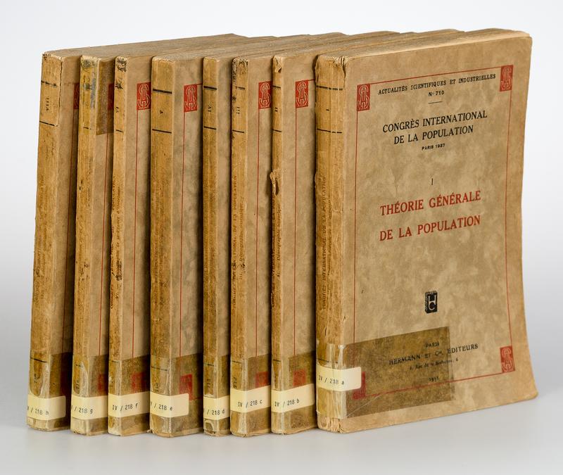 Congres International de la Population Paris 1937. Vols. I-VIII. Actualites Scientifiques et Industrielles No 710-717. [8 Vols.].