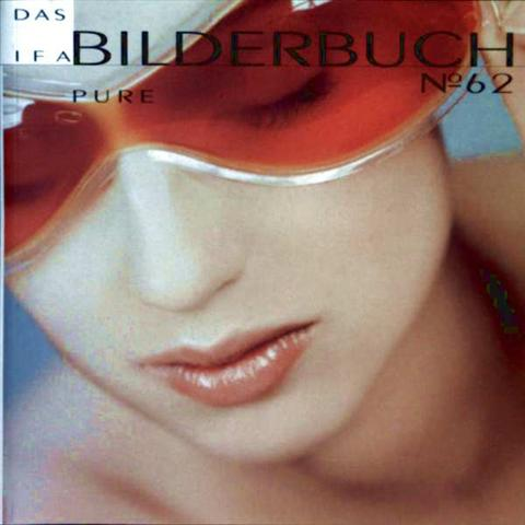 Das IFA Bilderbuch No. 62, Pure - beauty, portraits, expressions, details, style, nudes, lingerie, couples. locations, business