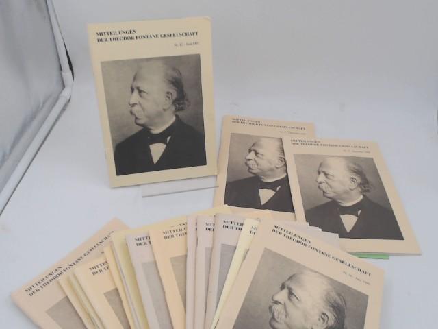 Mitteilungen der Theodor Fontane Gesellschaft - Konvolut mit 20 Heften aus den Jahren1992 bis 2004. Vorhandene Ausgaben: Heft 4/1992; 5/1993; 6/1994; 7/1994; 8/1995; 9/1995; 10/1996; 11/1996; 12/1997; 13/1997; 15/1998; 16/1999; 17/1999; 18/2000; 19/2001; 20/2001; 21/2001; 22/2002; 23/2002; 26/2004.