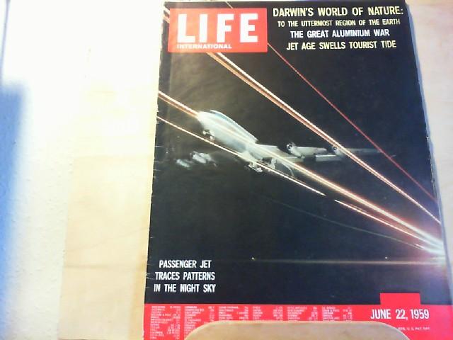 LIFE. International Edition. June 22, 1959. Darwin´s world of nature. The great aluminium war. Jet age swells tourist tide.