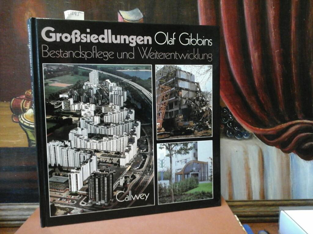 Grosssiedlungen. Bestandspflege, Weiterentwicklung. Unter Mitarbeit von Alfred Kögler. Erste /1./ Ausgabe.