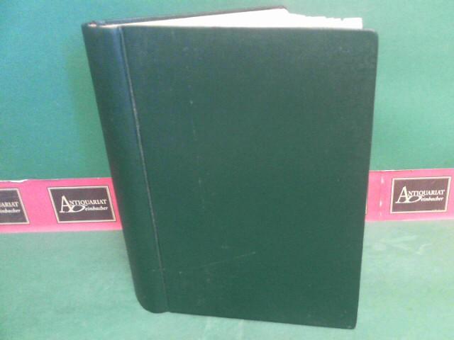 International Bee Research Association (Hrsg). und Eva Crane: Bee World. Offical Organ of the ... Volume 61/1980 - 63/1982 in einem Band gebunden (je 4 Hefte pro Jahrgang). 1.Auflage,