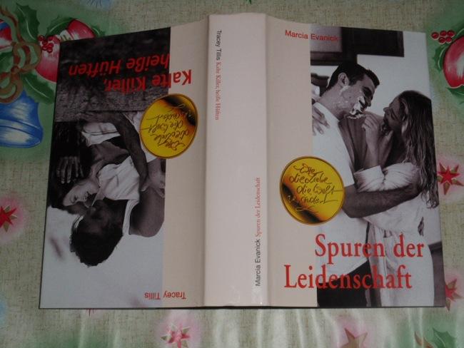 Spuren der Leidenschaft; Kalte Killer, heiße Hüften; zwei Romane in einem Buch Wie die Liebe die Welt verändert