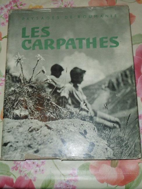 Les Carpathes Préface par Tudor Arghezi. Introduction par Mihai Ianco. [Photos: Gheorghe Vulpas u.a.], Paysages de Roumanie