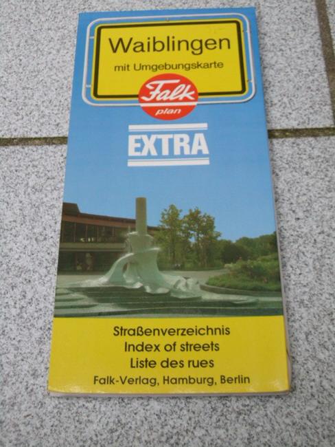 Waiblingen mit Umgebungskarte und Straßenverzeichnis 1:15 000 Falk-Plan ; No. 2400 : Extra