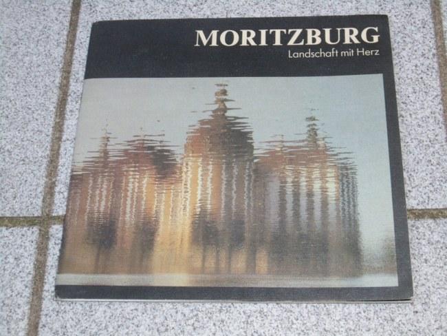 Moritzburg : Landschaft mit Herz. [Hrsg.: Moritzburg-Information. Foto: Andreas Meschke. Text: Peter Lehmann]