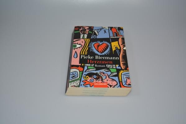 Herzrasen : Roman. Goldmann ; 44026 Taschenbuchausg.