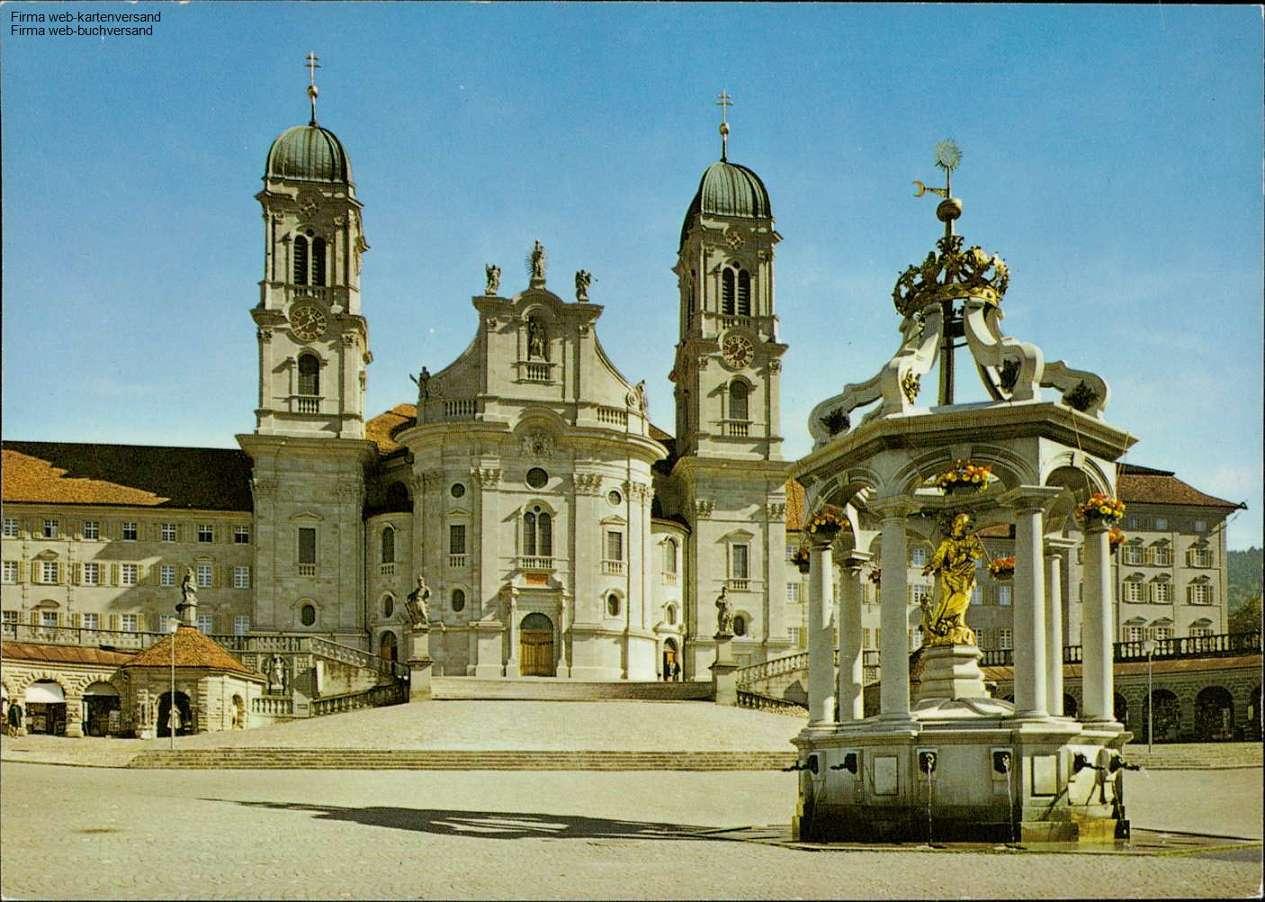 1043547 Einsiedeln, Marienbrunnen mit Kloster