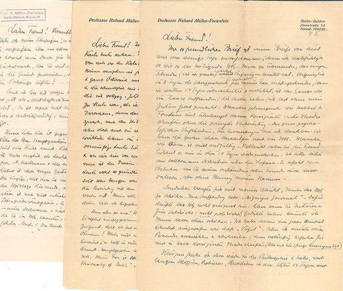 3 handschriftliche Briefe an einen Wiener Freund.