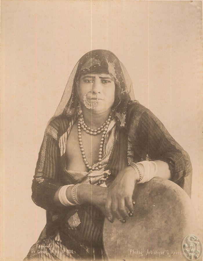 Ägypterin. Femme de Cheik Beled. No. 100.