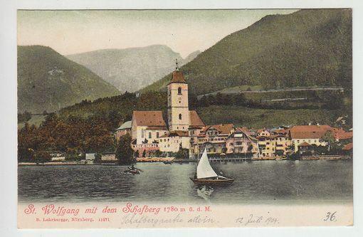 St. Wolfgang mit dem Schafberg 1780 m ü. d. M.