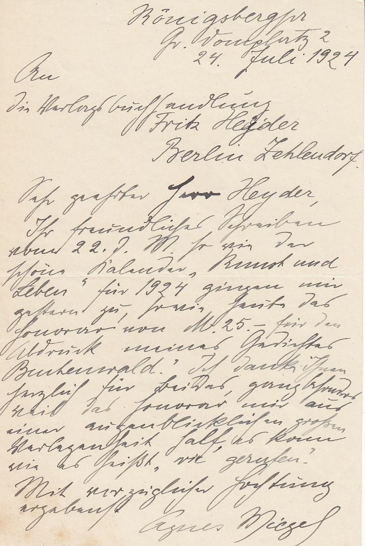 Handschriftlicher Brief an berliner Verlag. Königsberg, 24. Juli 1924.24 Zeilen, Tinte. Über Honorar in einer Anthologie. Gutes Exemplar.