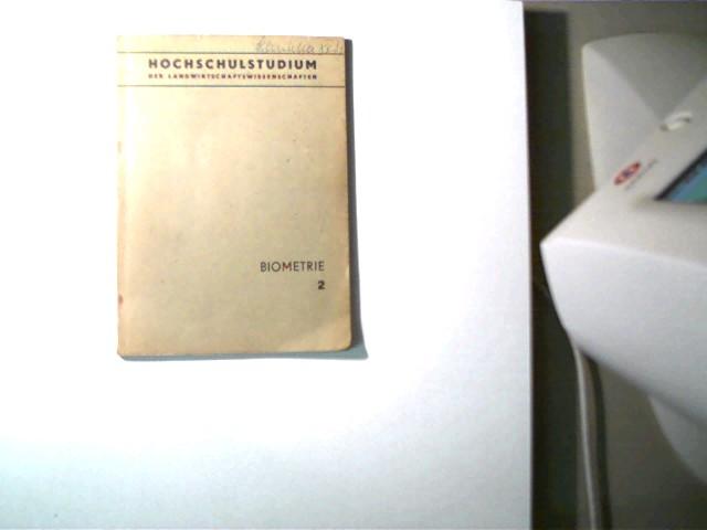 Biometrie - Heft 2, Hochschulstudium der Landwirtschaftswissenschaften; Selten!, 6. Auflage, Buchdeckel mit geringen Gebrauchsspuren und nur wenige Seiten mit Textmarkierungen, Buchdeckelvorderseite am oberen Rand mit Namenszug, ansonsten gutes Exemplar,