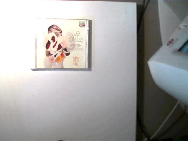 Closer To You: Sweet, Soft & Lazy, Hülle mit einigen Gebrauchsspuren, CD mit wenigen Kratzern, wenige Zahlen und Buchstaben auf dem Titelblatt, ansonsten guter Zustand,
